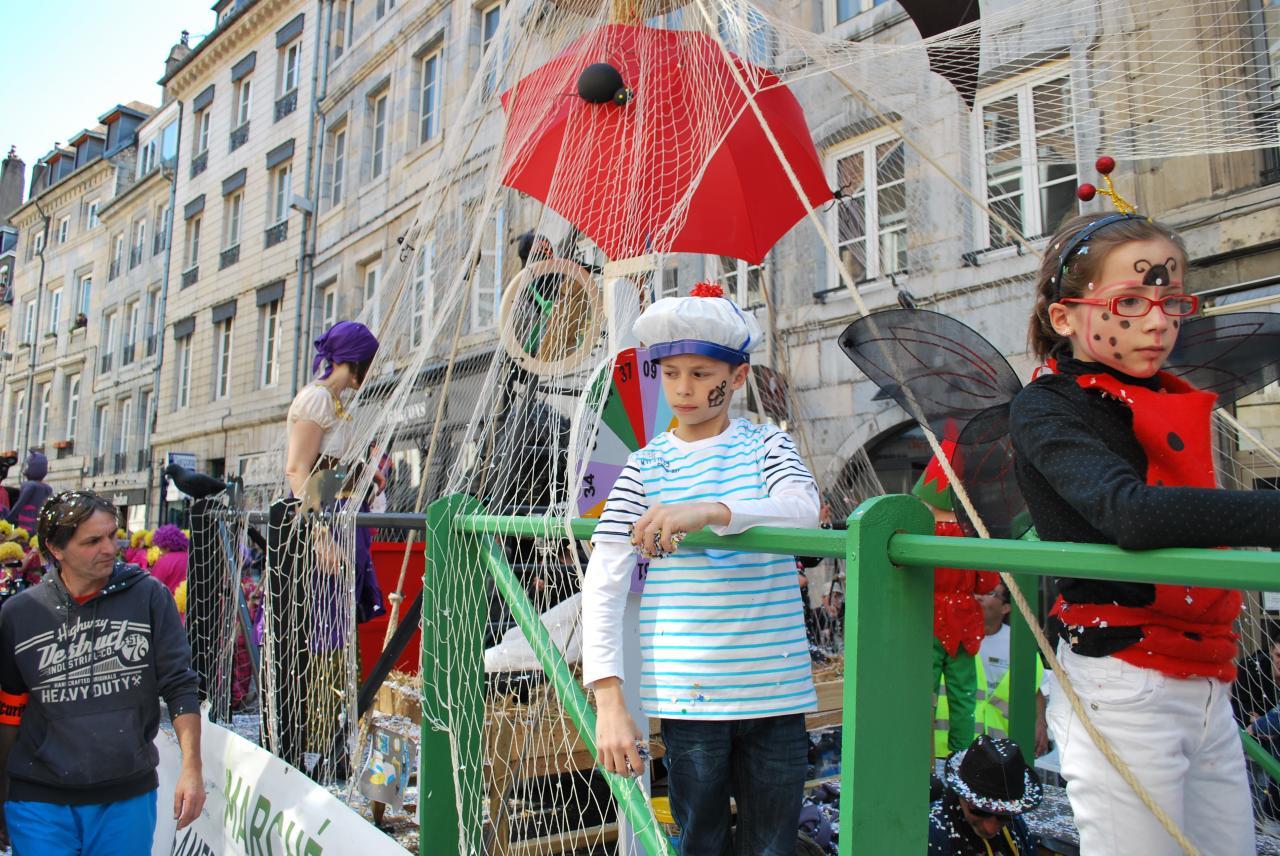 Les Prés de Vaux au carnaval !